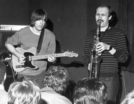 Steve with Mike Stern, Concert Mid 80s